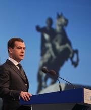 Ненависть Медведева к протекционизму является следствием либеральных предрассудков, которыми заражено наше политическое руководство