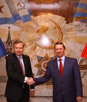 Решение российской стороны о возобновлении сотрудничества выглядит очень странным