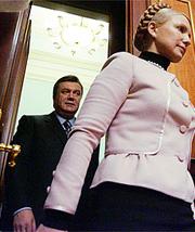 И Юлия Тимошенко, и Виктор Янукович ориентируются в первую очередь на Москву, чтобы усилить свои позиции на востоке и юге Украины