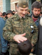 Дудаев в свое время говорил, что он предлагал Ельцину личную встречу, он в принципе, был готов на компромиссы