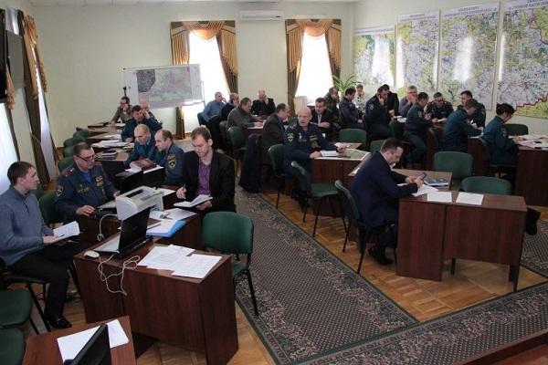 МЧС Донецкой народной республики выпустило 1 января 2017 года заявление в связи с усилением обстрелов со стороны подконтрольных Киеву формирований. Также приводится ряд фактов военных преступлений ВСУ