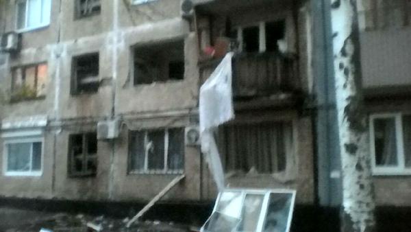 В центре Донецка прогремел взрыв. На данный момент известно о двух пострадавших, сообщает в своём Тветтер-аккаунте с пометкой